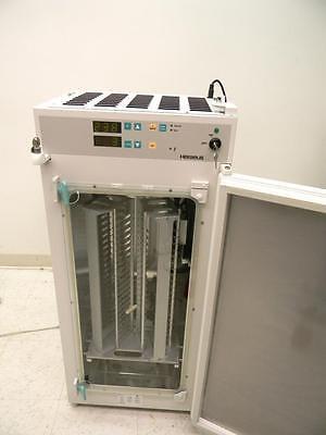 Heraeus Cytomat 2C Automated Incubator