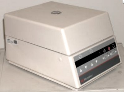 IEC Micromax Benchtop Centrifuge