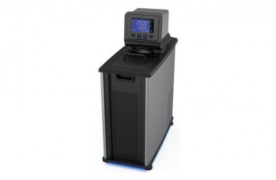PolyScience 7L Space-Saving Refrigerated Circulator, Performance Programmable (-40° to 200°C), 120V, 60Hz