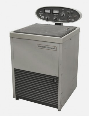 IEC CRU-5000 Refrigerated Floor Centrifuge