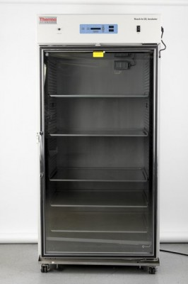 Thermo Large-Capacity Reach-In CO2 Incubator, 29 cu ft, 120V