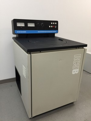 Sorvall RC-5B Refrigerated Super Speed Centrifuge with Rotor