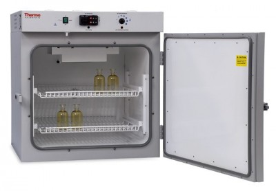 Thermo Peltier Cooled Incubator, 19.5 cu ft, 100-120V, Analog