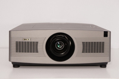 EIKI LC-WGC-500A HD Large Venue/ Home Theater Video Projector